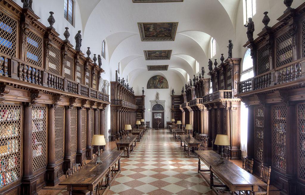 biblioteca longhena interno