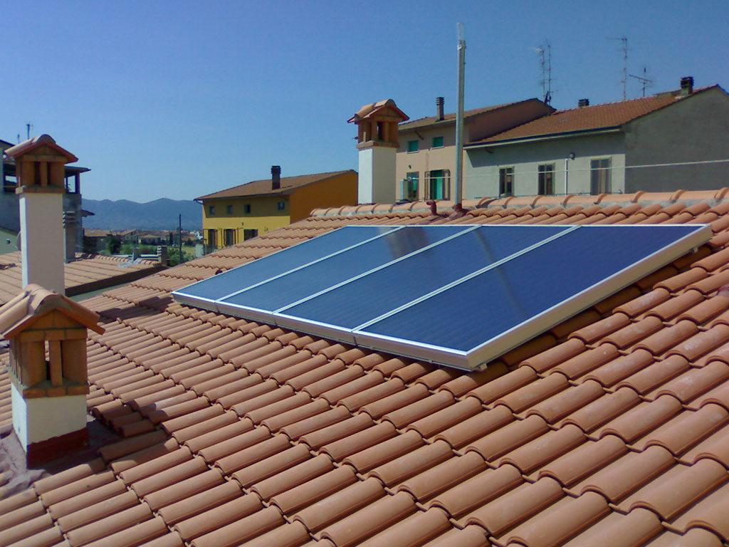 pannelli solari tetto casa