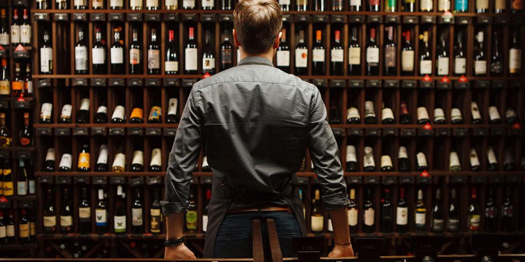 enoteca vini esposti