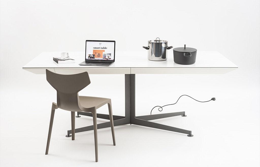 tavolo scrivania con induzione
