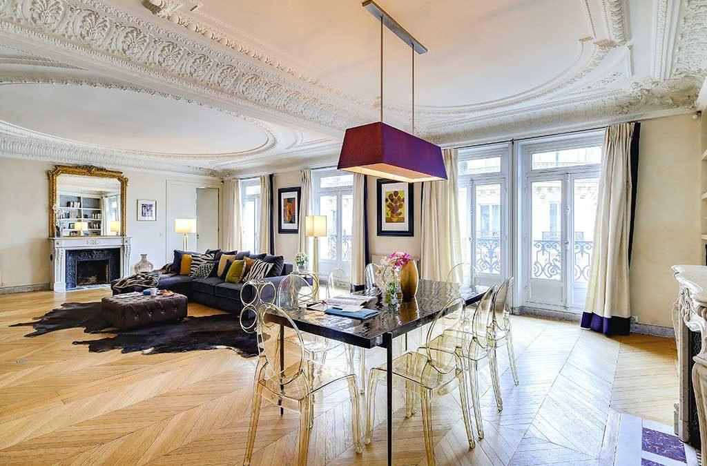 appartamento montaigne parigi