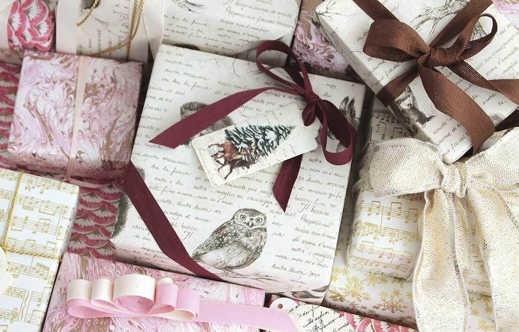 carta regalo natale motivi eleganti