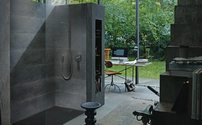 doccia muro e vetro vista