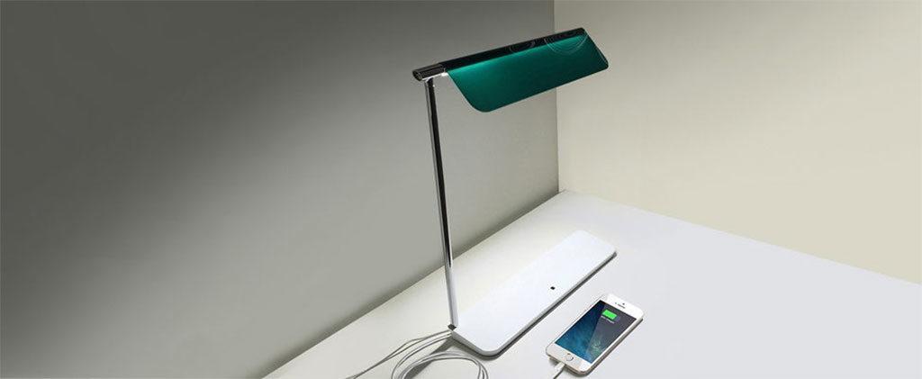 lampada da tavolo ricarica smartphone