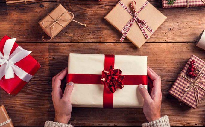 regali natale incartati