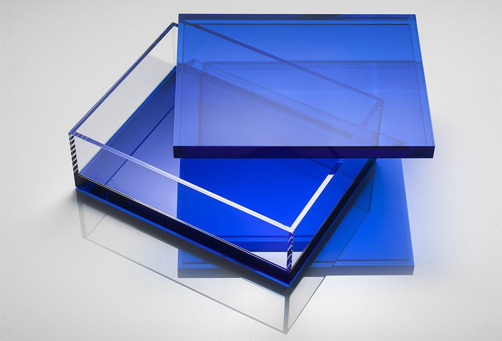 scatola cristallo sintetico blu