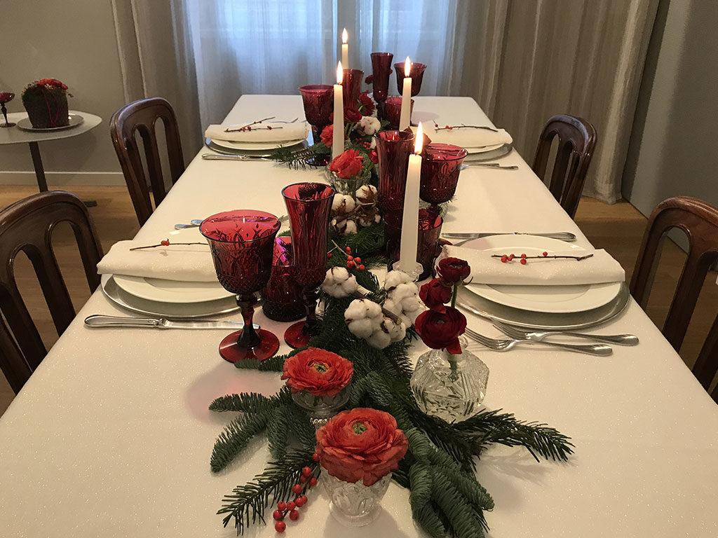 tavola natale candele accese