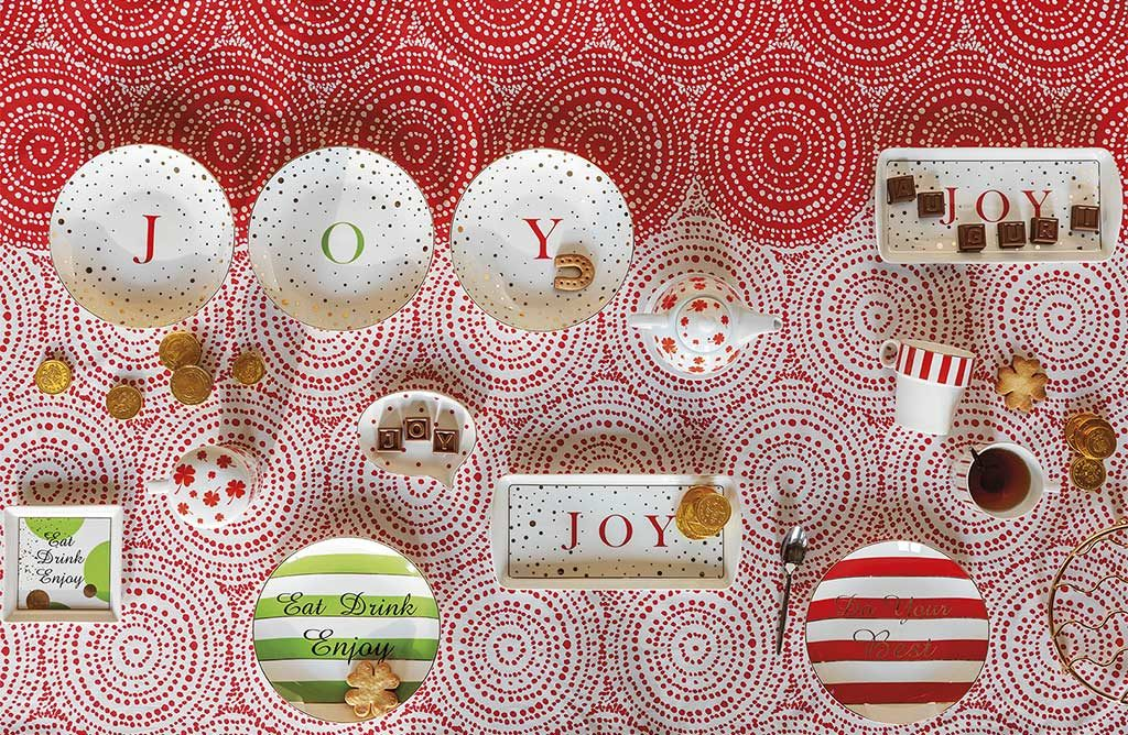 tavola natale piatti decorati rosso bianco verde