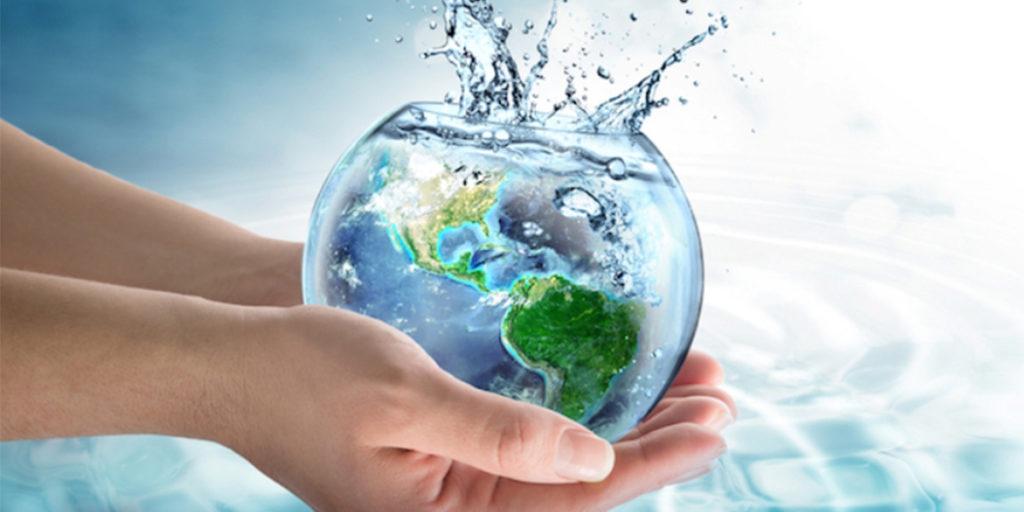 acqua pianeta mani risparmio idrico