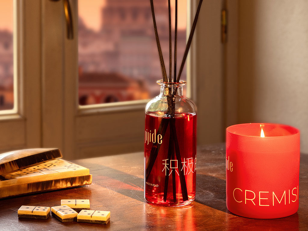 candela e profumatore ambiente gusto cremisi