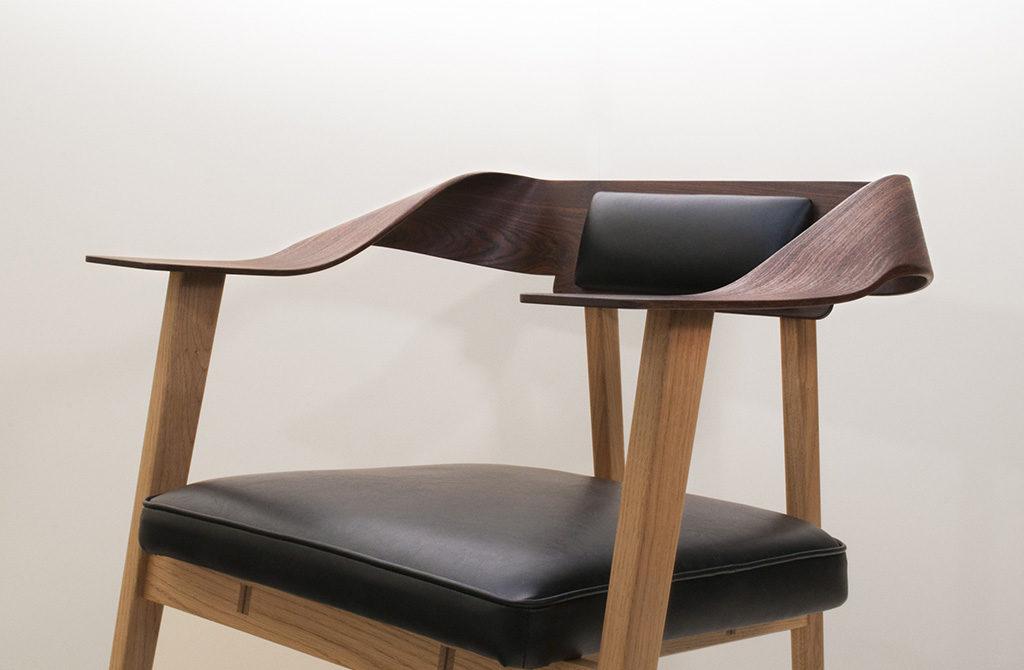 sedia design legno curvo