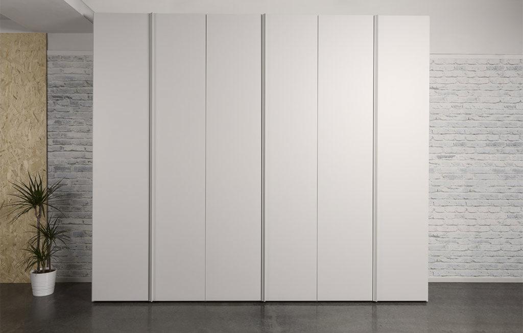 armadio anta bianco