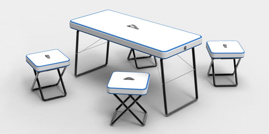 tavolino e sgabelli portatili