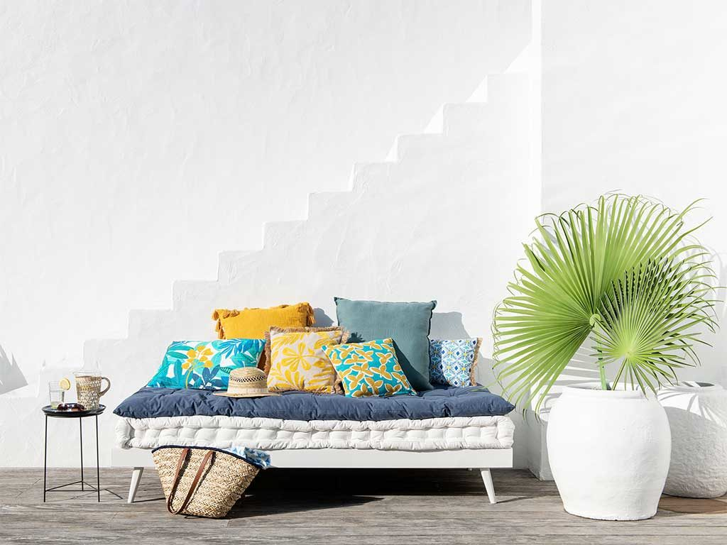 cuscini colorati arredo esterno