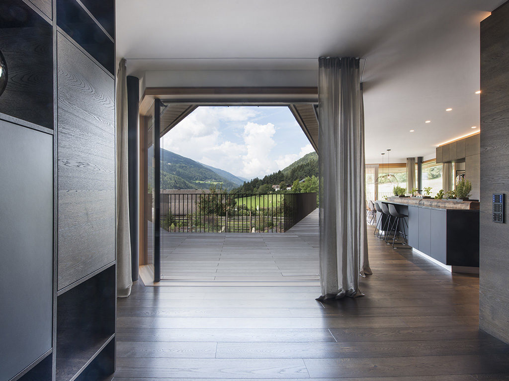 finestra interno casa legno