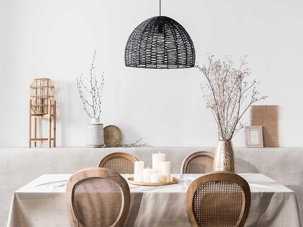 tavolo e sedie legno e vimini