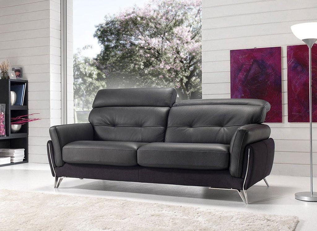 divano pelle nero
