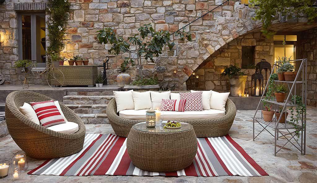 divano poltrona tavolino esterno