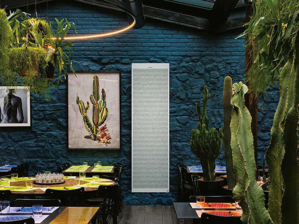 parete mattoni colore blu