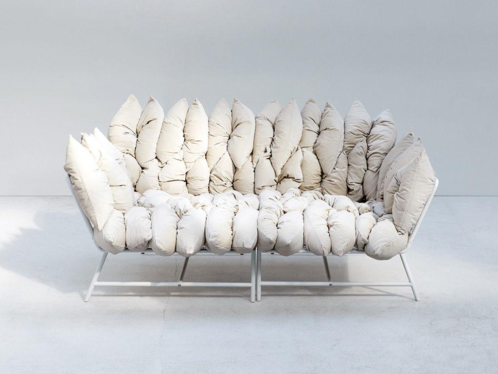 sofa morbido bianco