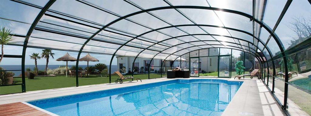 copertura alta per piscina