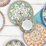 piatti colorati disegni tazza