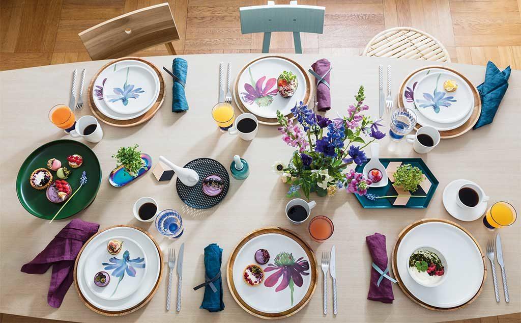 servizio piatti floreale a mano