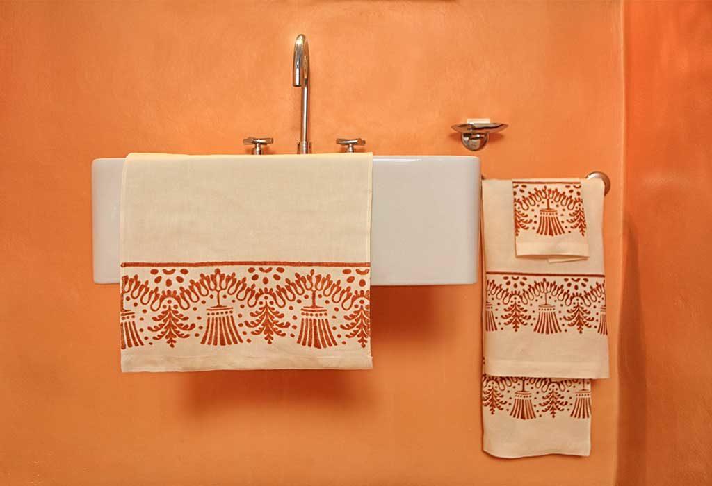 asciugamani stampati a mano