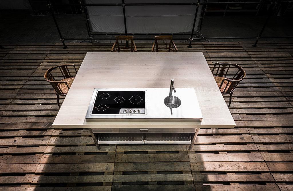 cucina isola quadrata