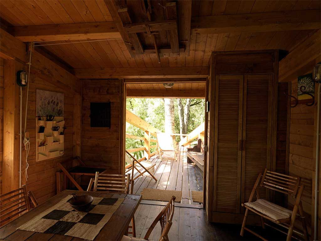 interno casa legno terrazzo