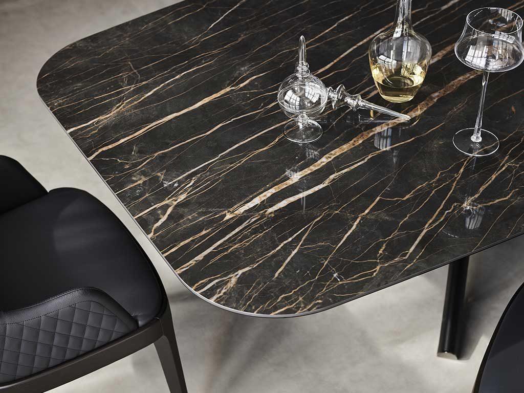 piano tavolo legno e ceramica