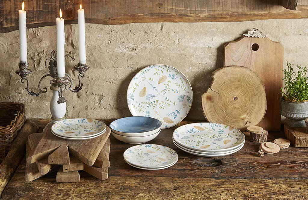 autunno tavola piatti decorati