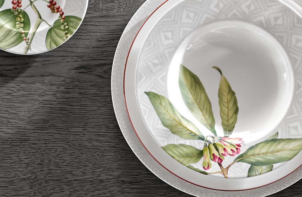 piatto porcellana decoro pianta verde