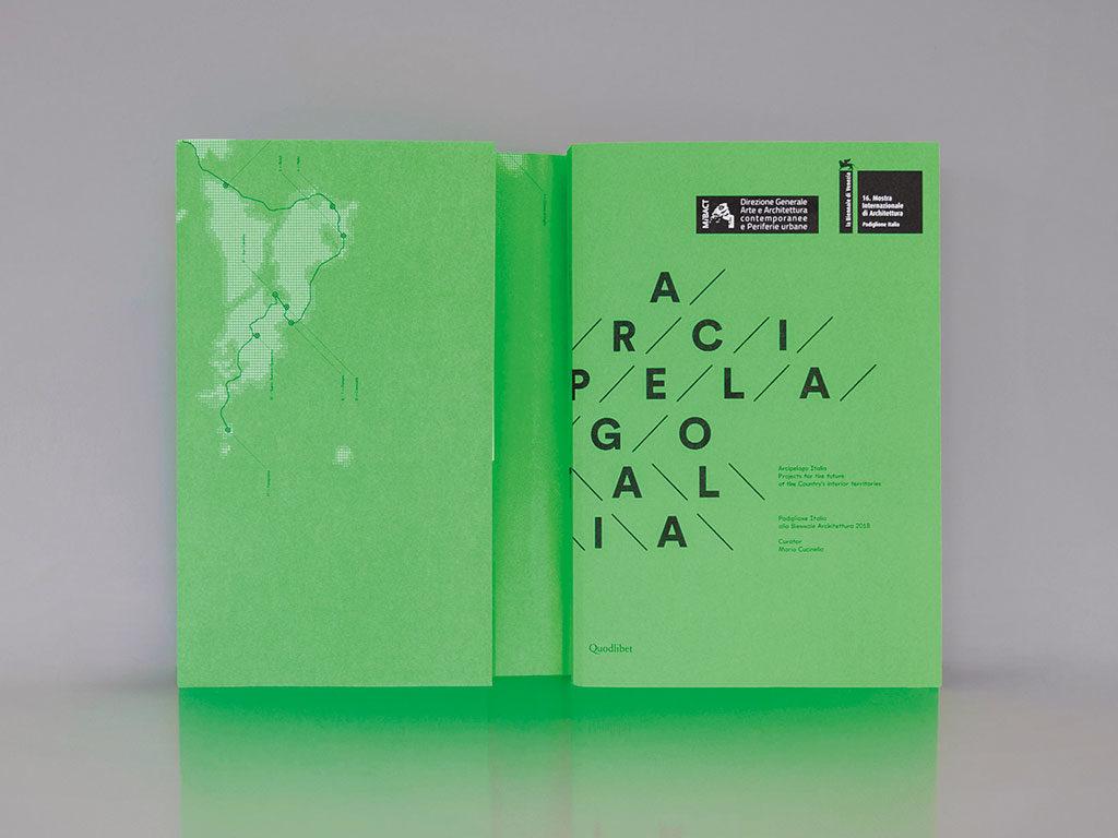 libro arcipelago italia