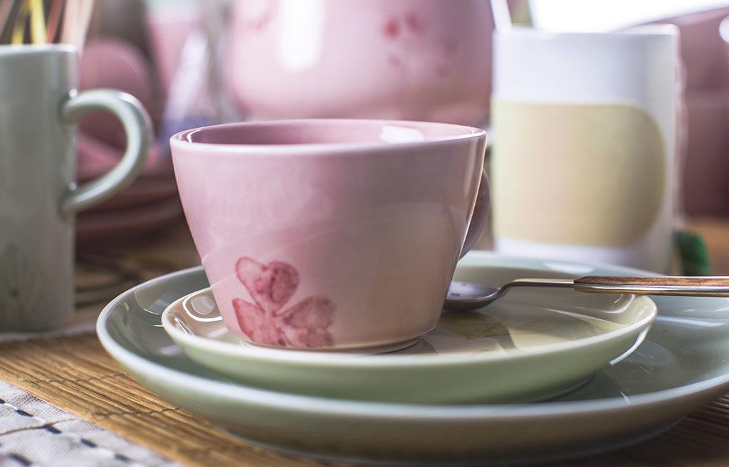 tazza te ceramica rosa
