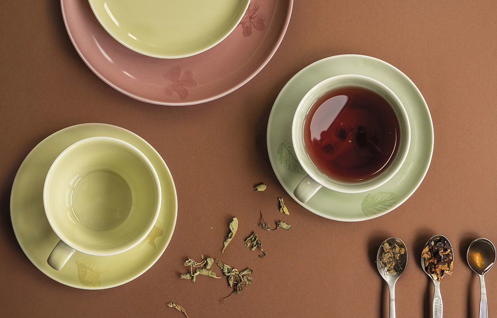 tazze te ceramica colorata