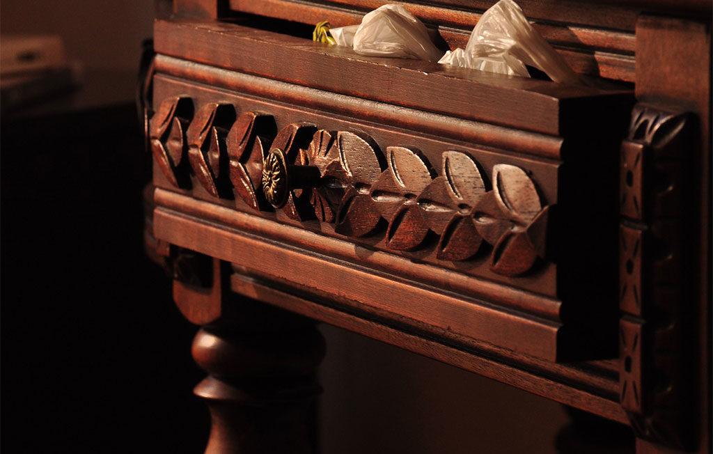 cassetto mobile vecchio legno