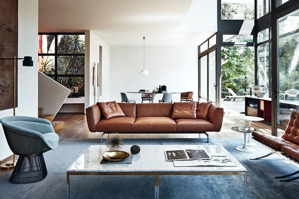 divano pelle marrone