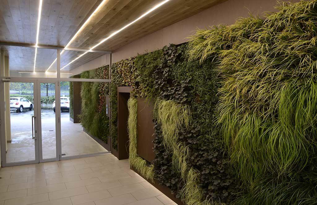 giardino verticale androne palazzo