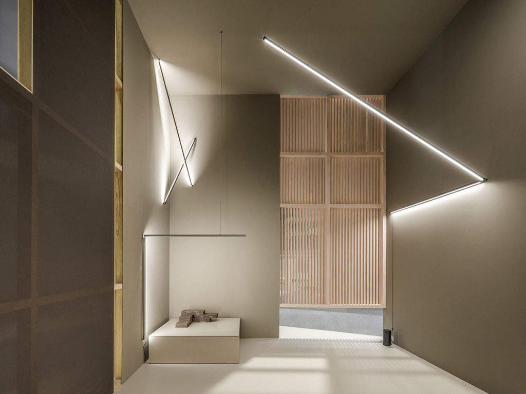 lampade lineari parete design