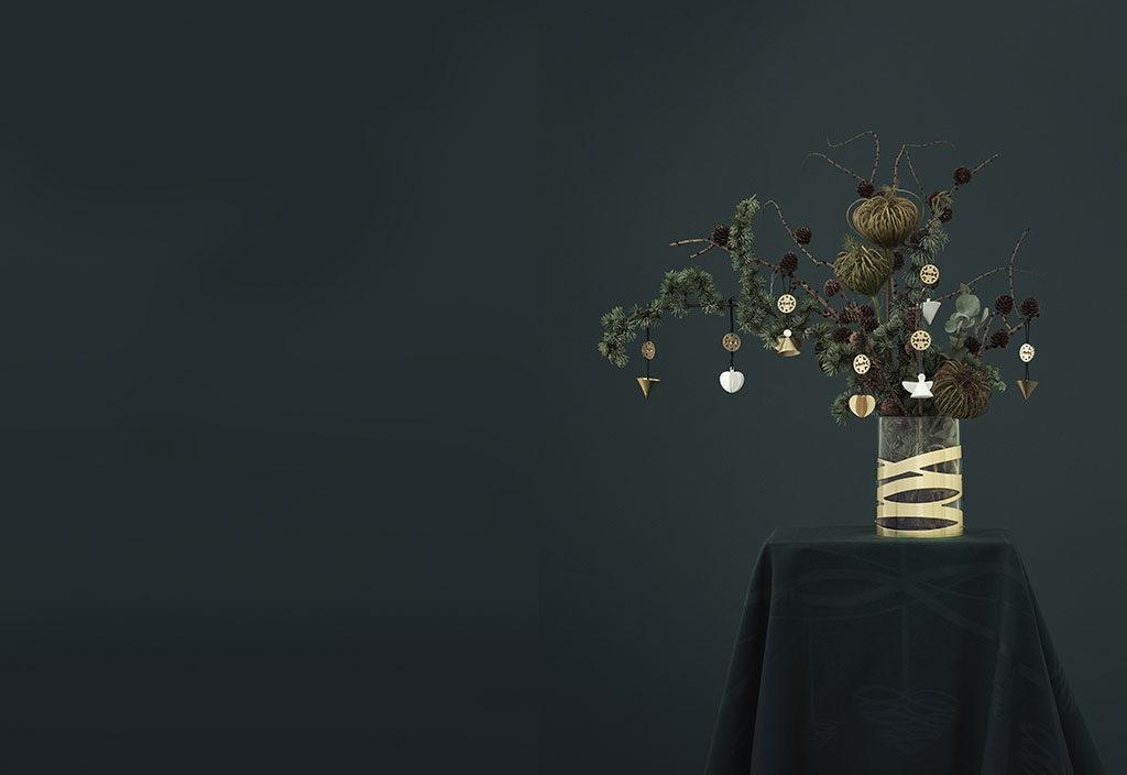 vaso rami abete decorati natale