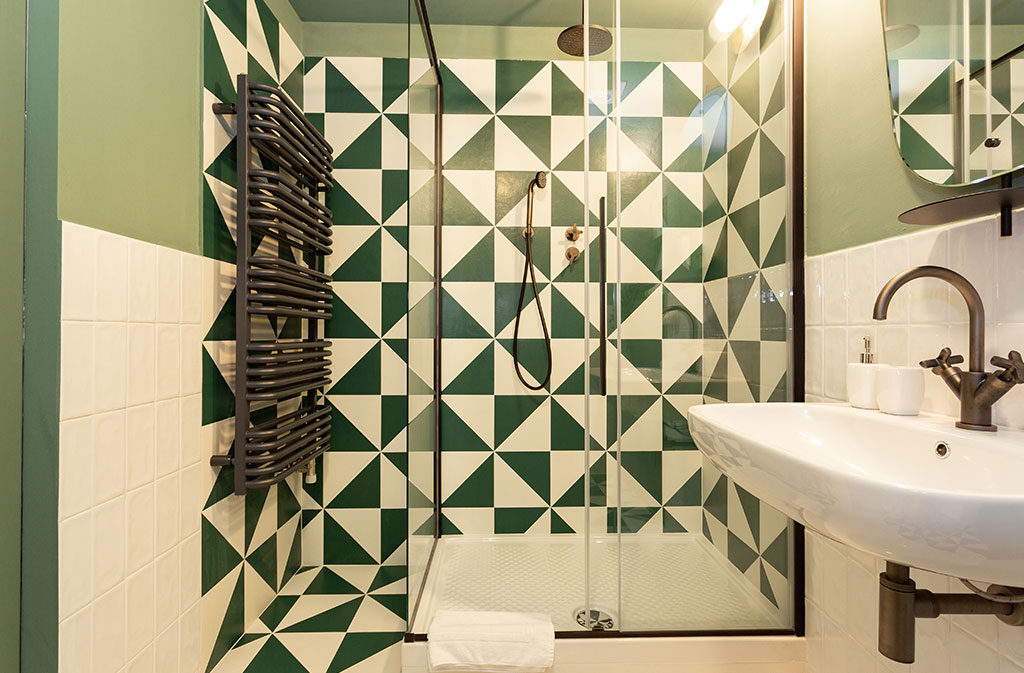 bagno design doccia grande