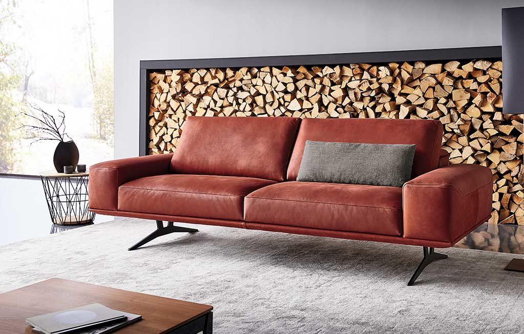 divano velluto rosso design