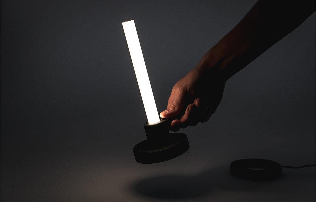 lampada ricaricabile led forma candela