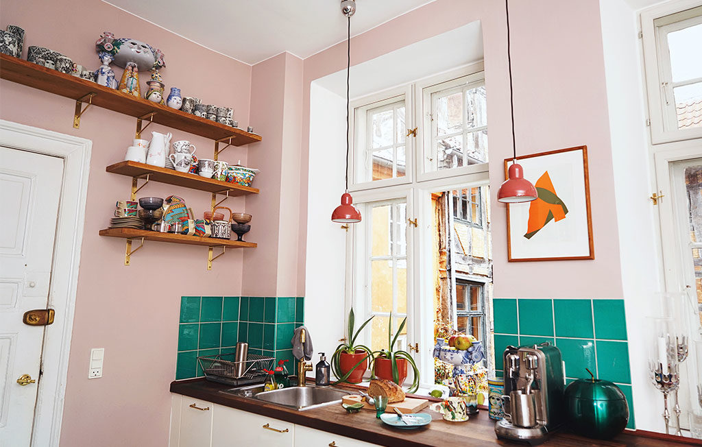 lampade sospese rosse cucina