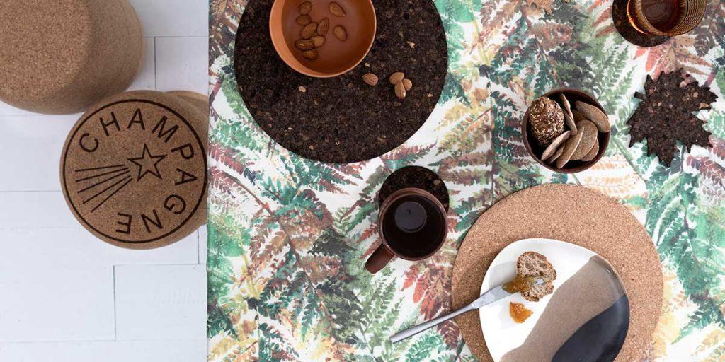 tavola apparecchiata tovaglia floreale primavera