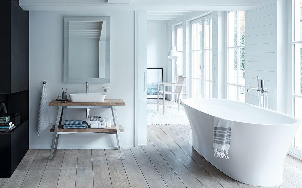 vasca bagno centro stanza