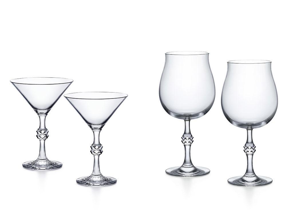 bicchieri cocktail e vino rosso