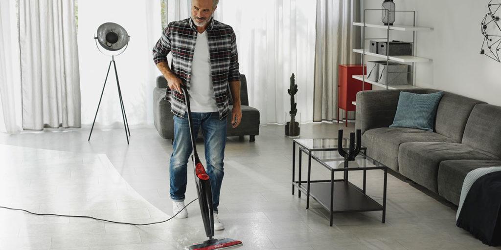 scopa vapore pulizie casa
