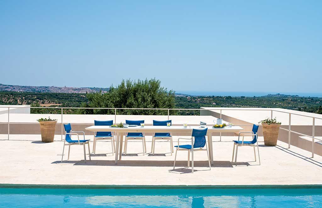 tavolo e sedie esterno bianco blu